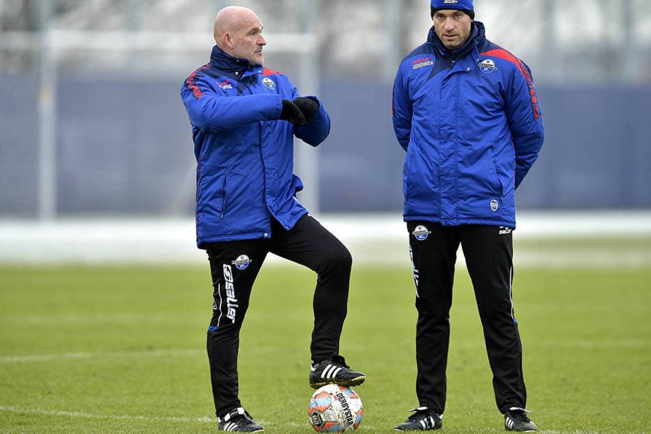 Daniel Scherning (re.) arbeitet seit einer Woche als Co-Trainer an der Seite von Stefan Emmerling.