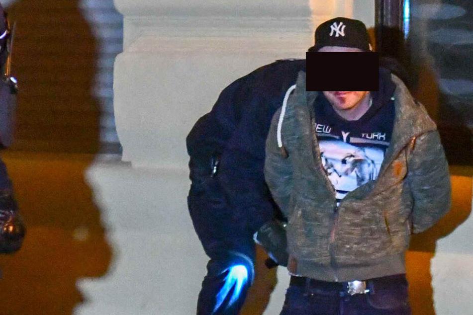 31-Jährigen bei Attacke lebensgefährlich verletzt: Messerstecher ist frei