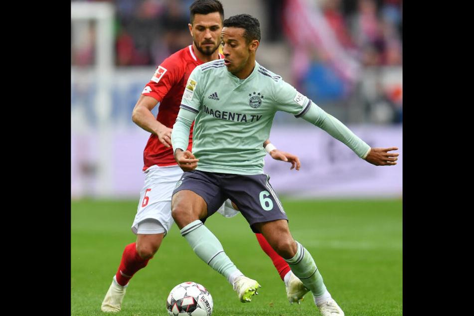 Auch Thiago könnte im offensiven Mittelfeld Regie führen.