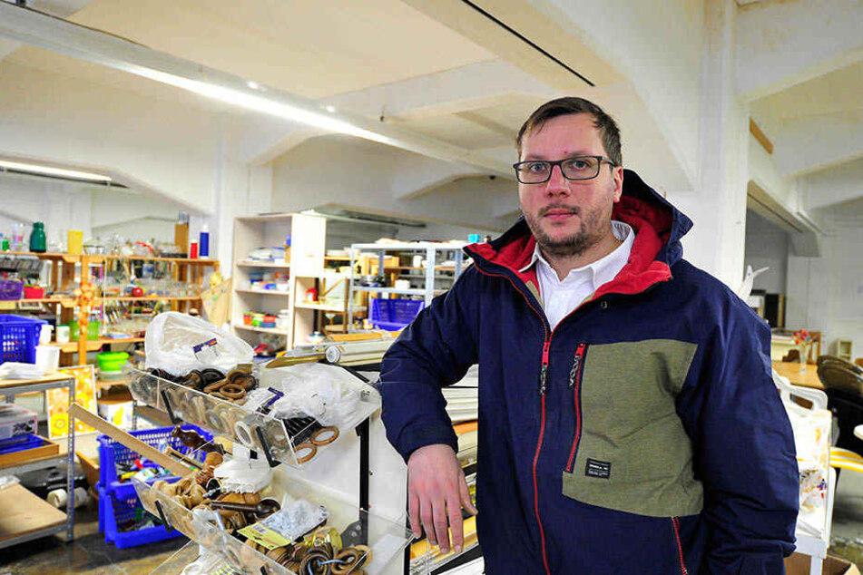 Fabian Siebert (31) muss mit seinem Sozial-Kaufhaus aus dem Audibau ausziehen. Grund: Dort findet 2020 die Landesausstellung statt.