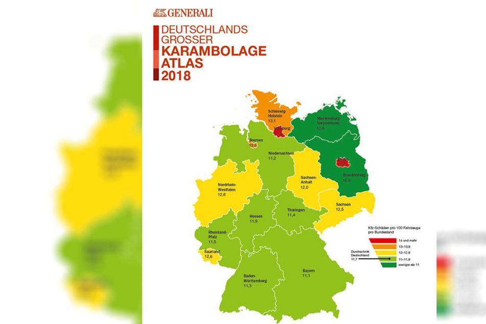 Die Farbe in den Landkreisen zeigt die Schadenshäufigkeit an: wie viele von 100 Versicherten haben im Jahr einen Schadensfall (siehe Legende). Die Zahl kennzeichnet die Höhe des Schadens.