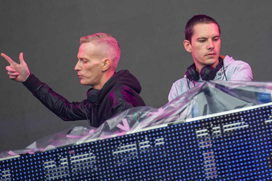 """Marcel Stephan aka. DJ Spike*D und Nico Wendel (r.) sind das Duo """"Gestört aber Geil""""."""