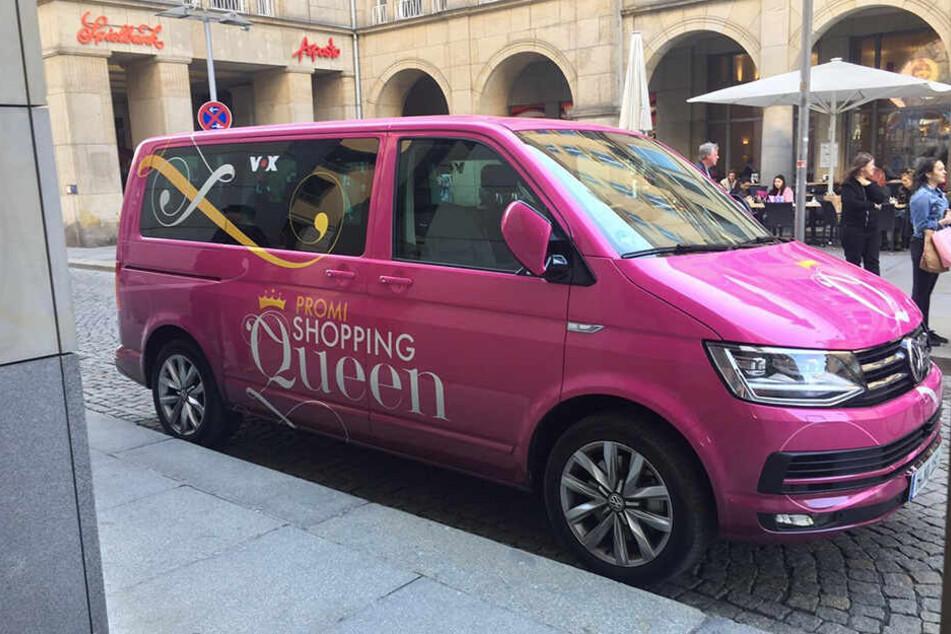 Der Promi-Shopping-Queen-Bus sorgte im April in Dresden für Aufregung. Alle rätselten, welcher Star wohl auf Einkaufstour ist.