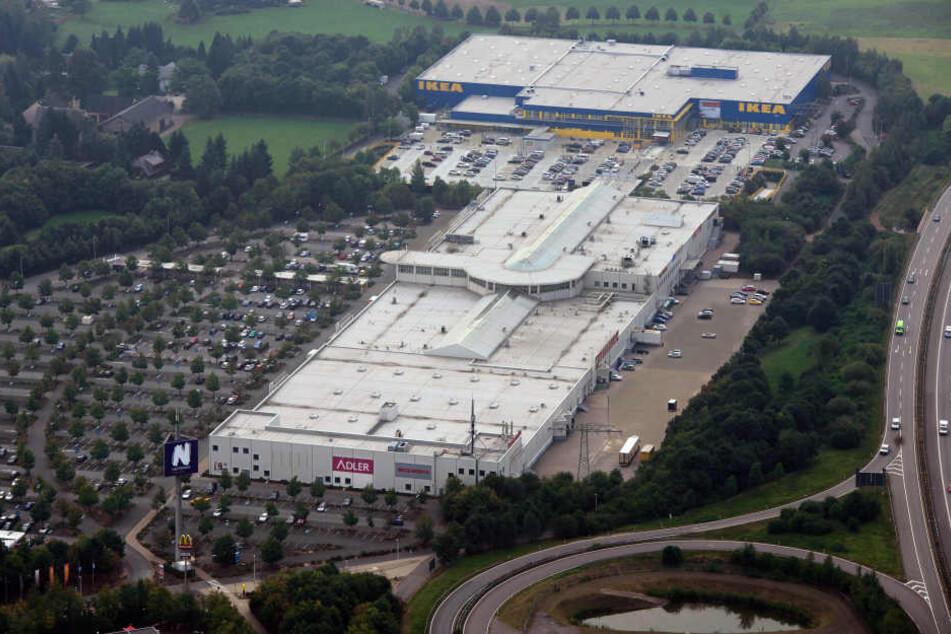 Luftbild vom Neefepark. Wie geht es dort vor allem mit Ikea weiter?