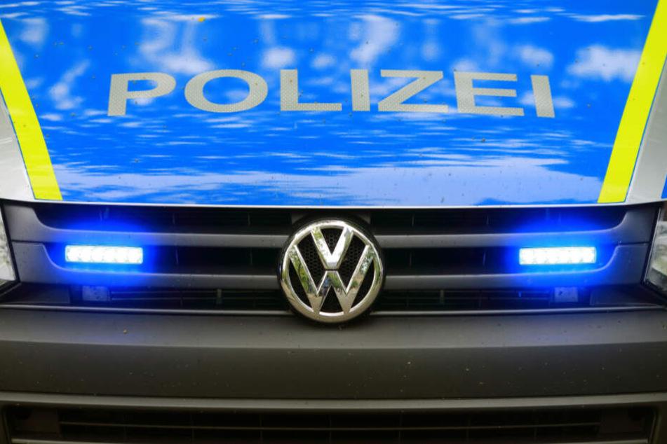 Die Polizei ermittelt unter anderem wegen Hausfriedensbruch (Symbolfoto).