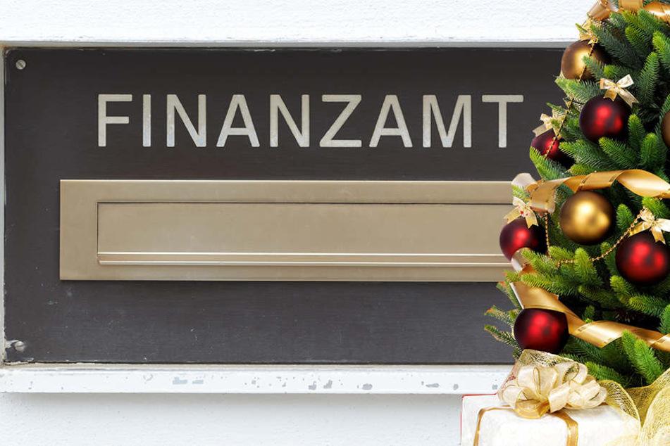 Keine Vollstreckungen und keine Prüfungen: DAS verspricht das Finanzamt zur Weihnachtszeit.