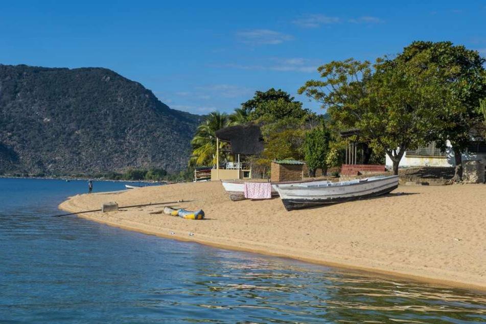 Ein Strand am Malawisee (Symbolbild).