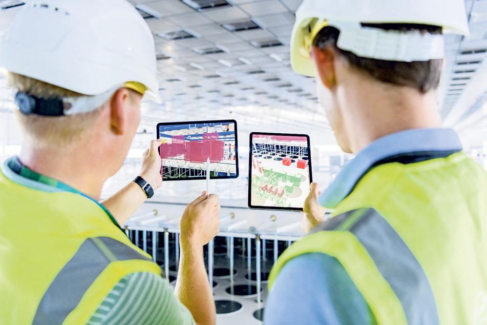 Alle Produktionsabläufe in der Fabrik werden digitalisiert und von Computern und Mitarbeitern ausgewertet.