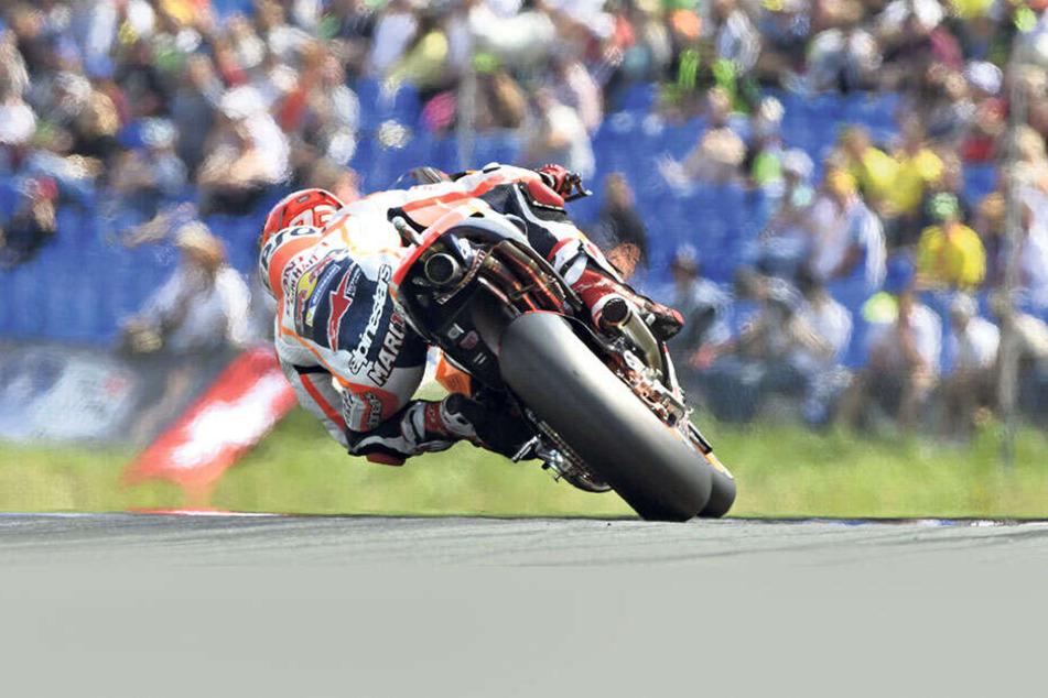 Heißer Reifen: Auch die MotoGP lockt zahlreiche Besucher an.