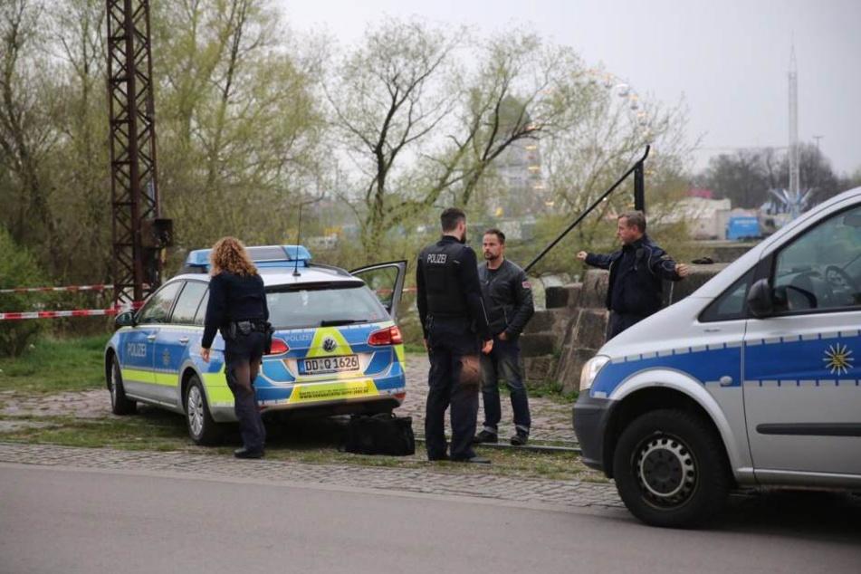 Polizisten sperrten den Bereich zwischen Hafen und Marienbrücke ab.