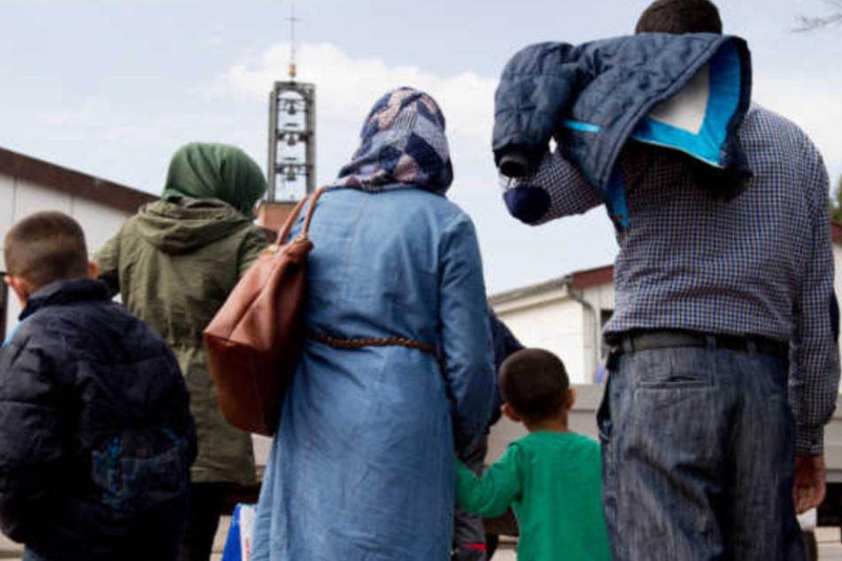 Der Streit zwischen Union und SPD wegen des Familiennachzugs für Flüchtlinge geht weiter. (Symbolbild)