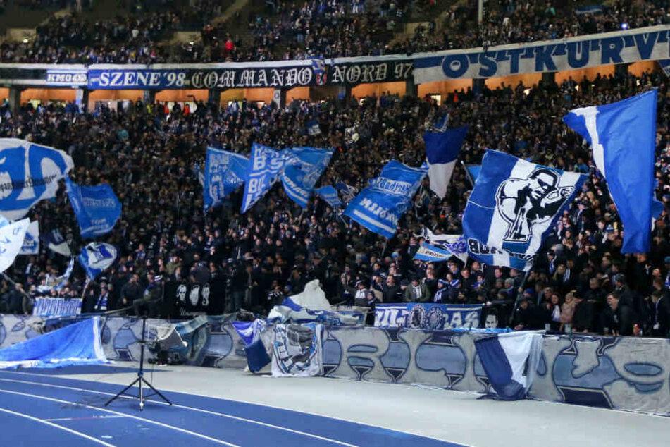 Hertha-Fans in der Ostkurve.