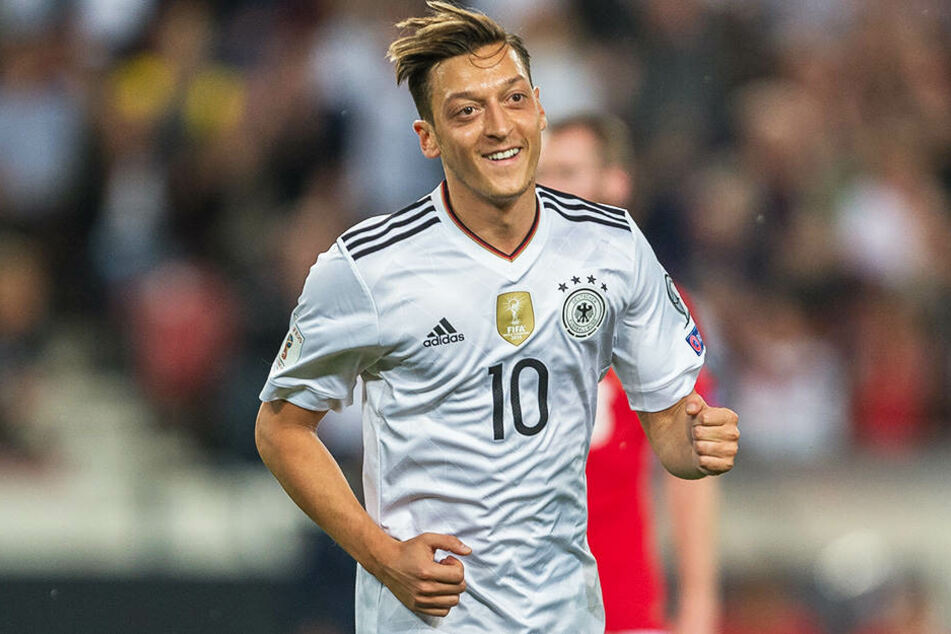 Mesut Özil darf sich über große Unterstützung aus der Türkei freuen.