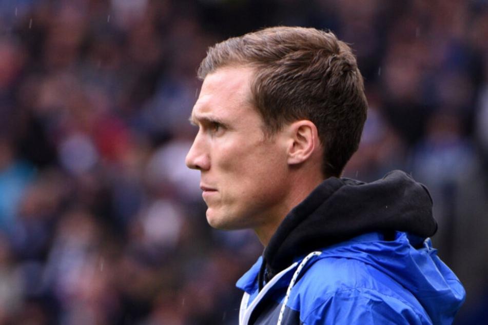 Noch stehen die HSV-Bosse hinter Trainer Hannes Wolf.