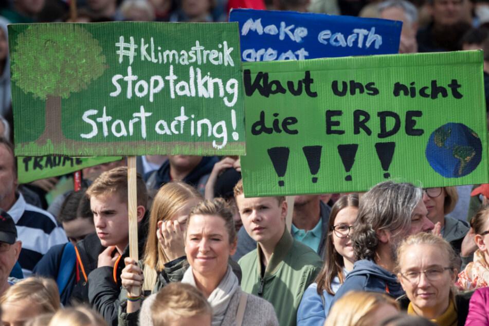 """Weltweiter Klimastreik:""""Fridays For Future"""" plant Sternmarsch in Frankfurt"""