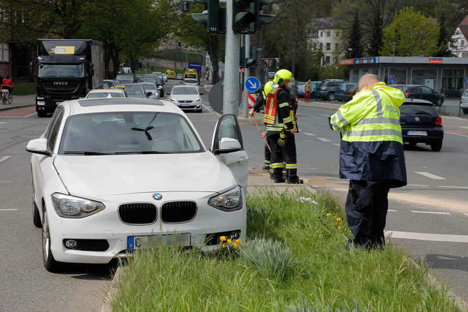 Die BMW-Fahrerin war auf der Nordstraße unterwegs, als auf der Kreuzung der Unfall passierte.