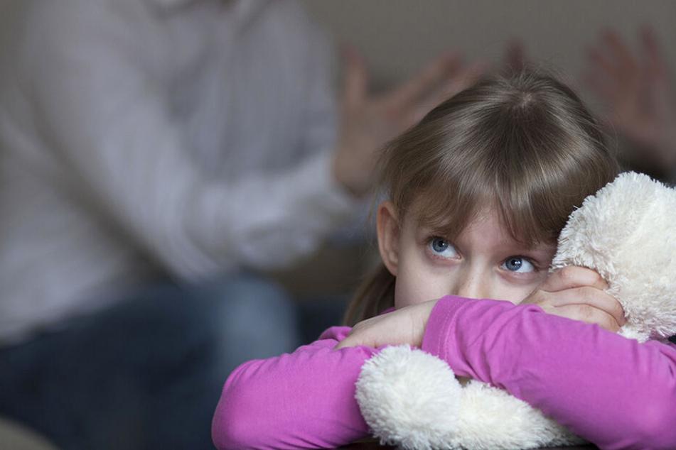 Immer mehr Familien brauchen Hilfe: Kosten für Erziehungs-Hilfen explodieren