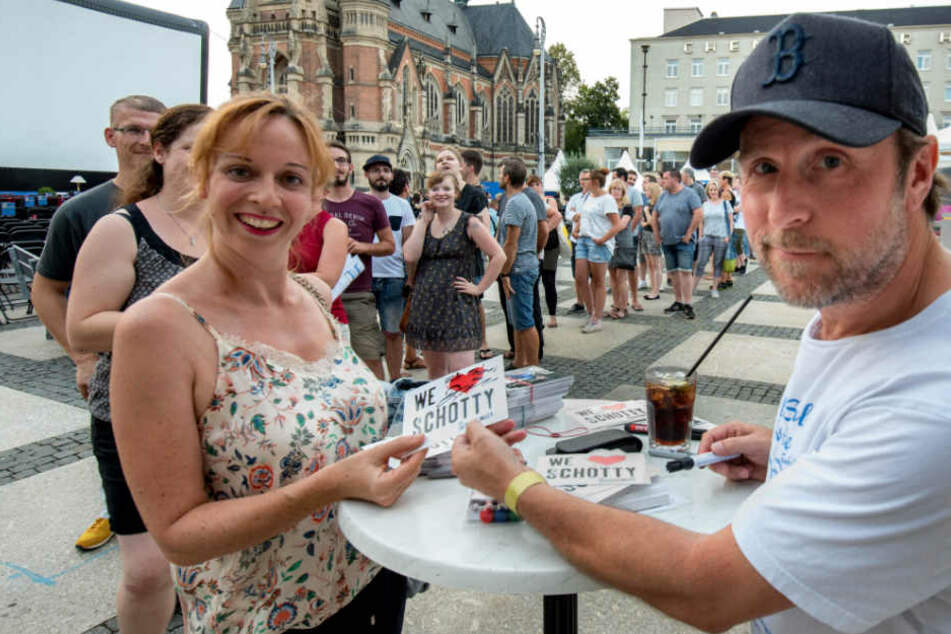 """Im Interview: """"Tatortreiniger"""" Bjarne Mädel mischt Theaterplatz auf"""