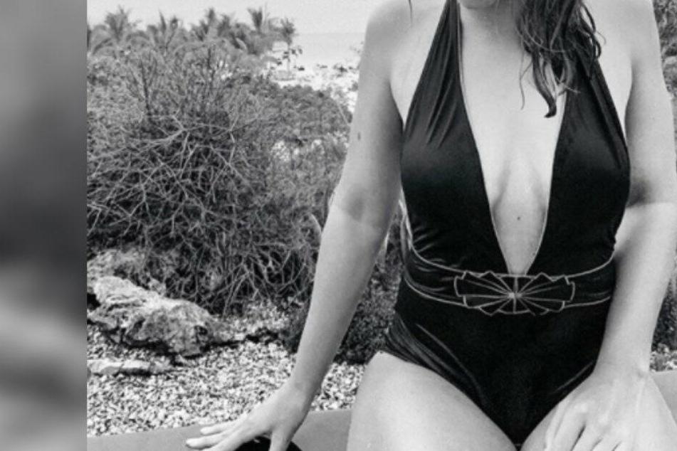 Welcher GZSZ-Star zeigt sich hier im Badeanzug?