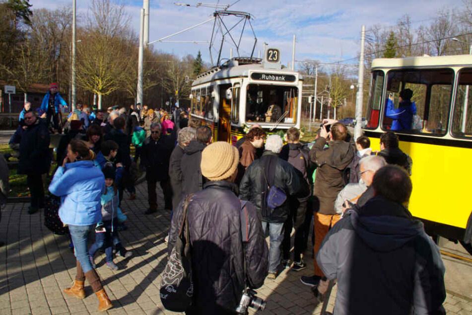 Die Linie 23 ist zurück - und die Fahrgäste kamen.