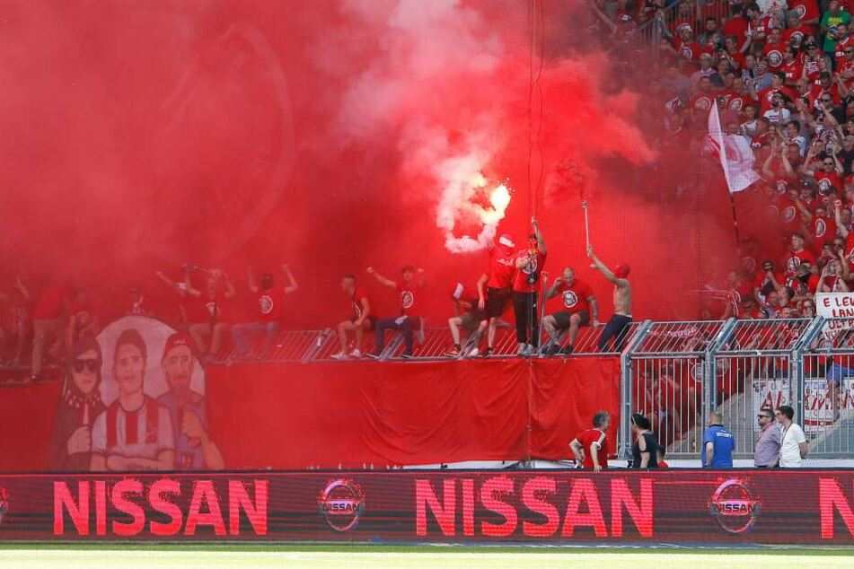Nach dem 1:1-Ausgleich der Magdeburger kam es im Stadion zu Ausschreitungen.