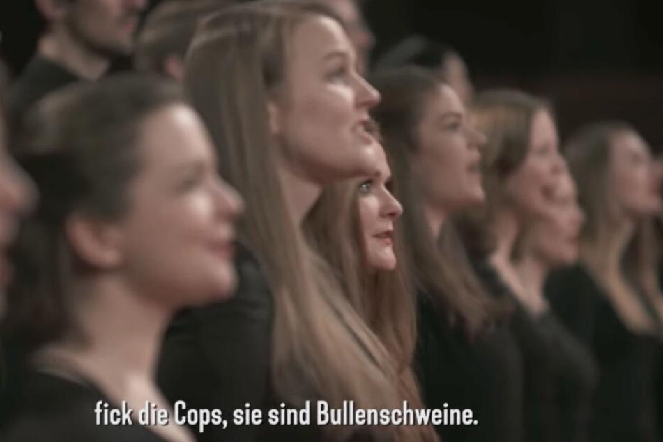"""""""Fick die Cops"""": Zu sanften Melodien gibt es bei Funk derbe Texte. (Screenshot)"""