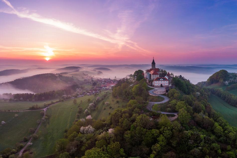 Jeder kann vorbei kommen: Hier entsteht Deutschlands erste barrierefreie Höhenburg