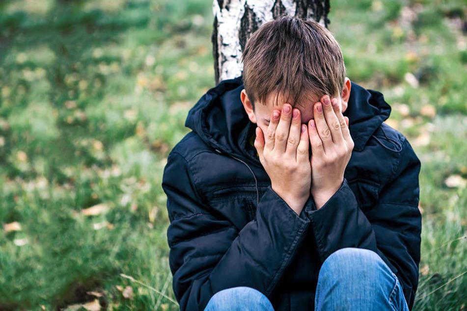 Die Kinder waren zwischen zehn und 13 Jahre alt, als sich der Mann an ihnen verging. (Symbolbild)