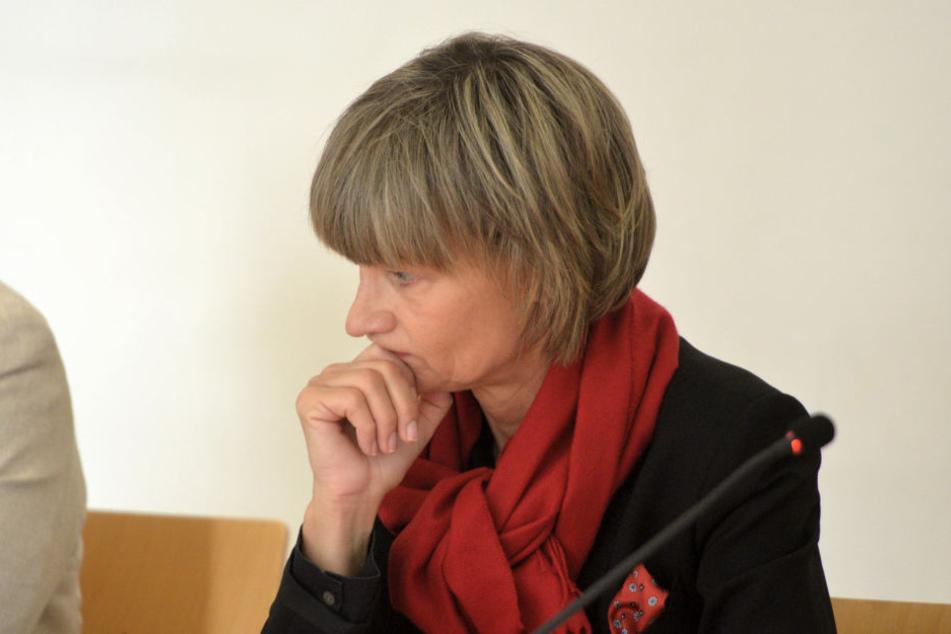 """OB Barbara Ludwig (56, SPD) bleibt bei der Kritik an Angela Merkel (64, CDU): """"Ihr Besuch November ist zu spät."""""""