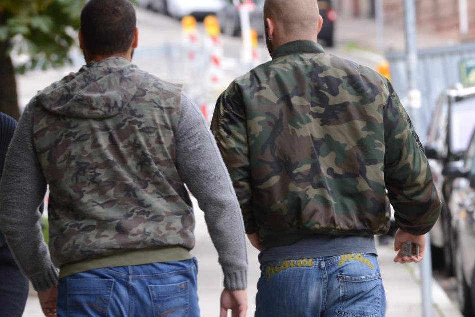 Bandenkrieg: Straßengangs lieferten sich Kampf auf offener Straße