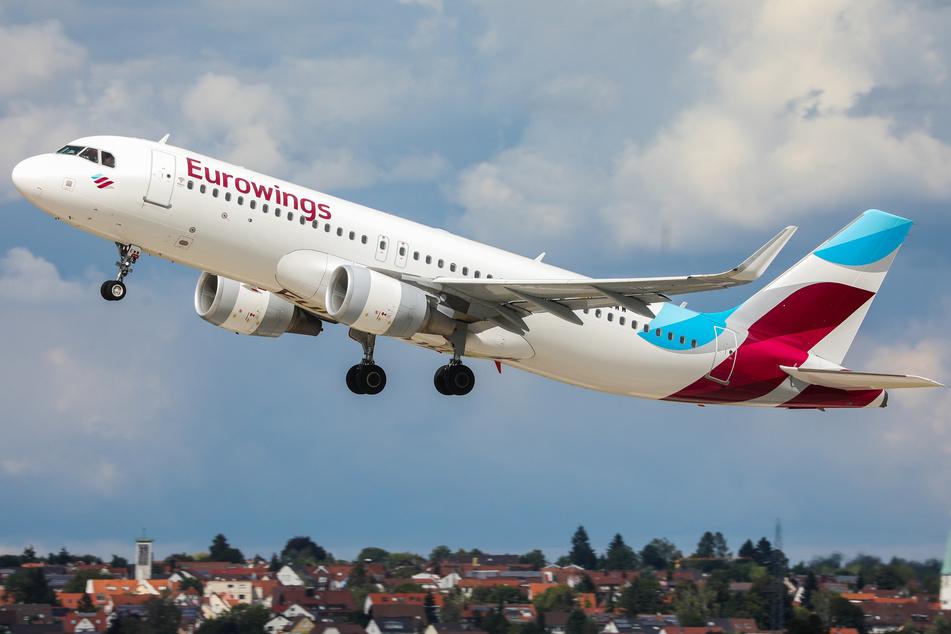 Die Lufthansa-Tochter Eurowings will auch innerhalb Deutschlands an Kurzstrecken-Flügen festhalten.