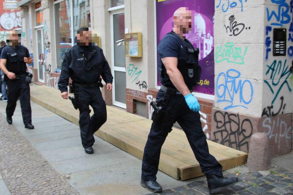 Schlag gegen Scheinehen-Bande! Groß-Razzia in Mitteldeutschland