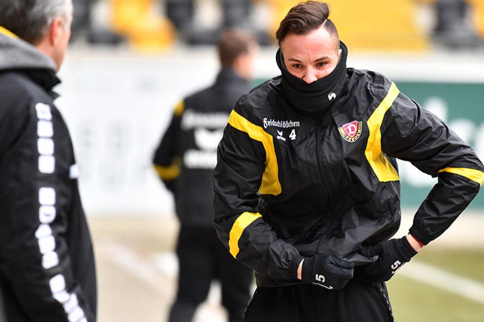 In der ersten Halbzeit musste sich Giuliano Modica noch dick einpacken.