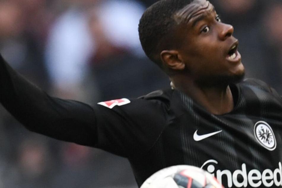 Evan N'Dicka kam im Sommer 2018 als vielversprechendes Talent zu Eintracht Frankfurt.