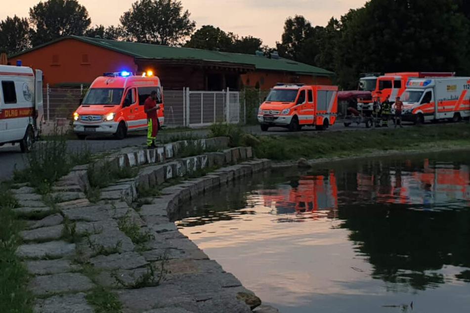 Vermisster aus Badesee ist tot! Rettungskräfte bergen Leiche von 26-Jährigem in der Nacht