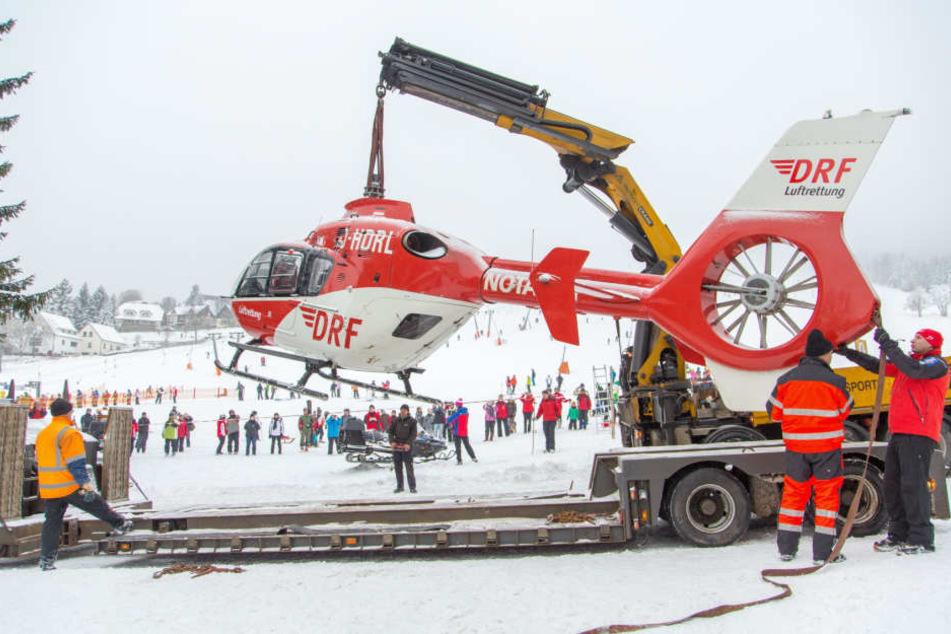 "Rückblick Januar 2014: ""Christoph 46"" rutschte in Oberwiesenthal den Hang hinunter und musste geborgen werden."