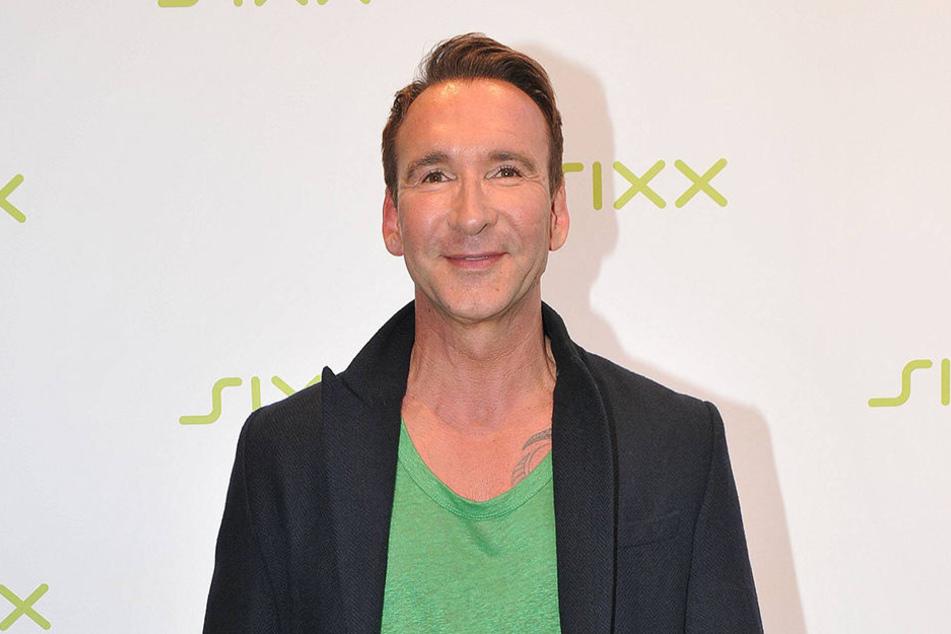 """Jochen Bendel bei Sixx. Hier wird er wieder zusammen mit Melissa Khalaj """"Promi Big Brother - Die Late Night Show"""" präsentieren."""