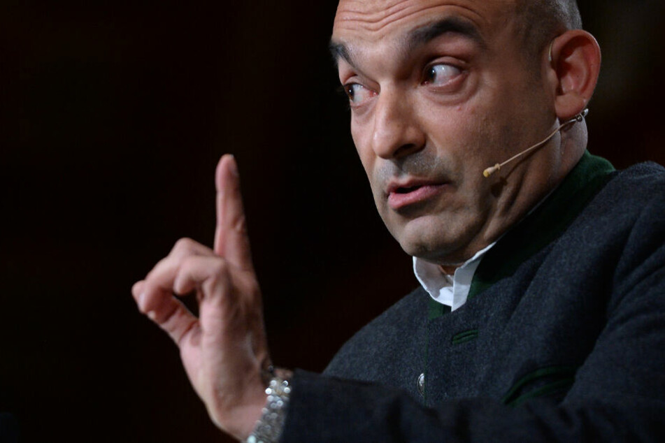 Deshalb findet Kabarettist Django Asül Ministerpräsident Söder richtig gut