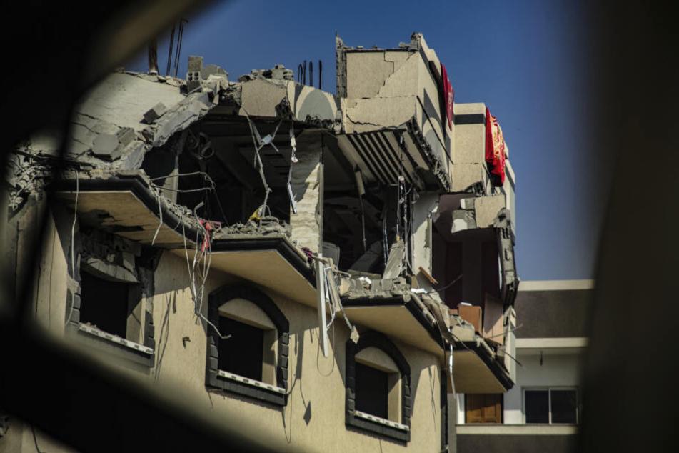 Das nach einem israelischen Luftangriff beschädigte Haus des islamischen Dschihad-Führers Baha Abu Al Ata.