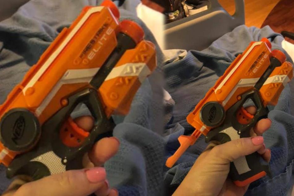 Mit dieser Waffe wollte Samantha ihren Mann wachhalten.