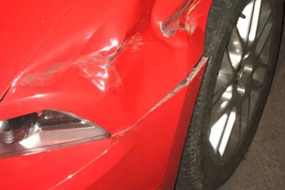 Der Mustang 2012 war ordentlich zerbeult.