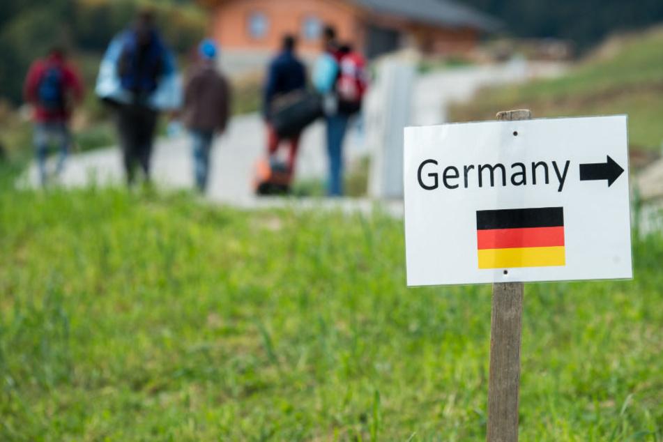Pauschale Zurückweisung an Grenzen zu Deutschland sorgt für Protest. (Symbolbild)