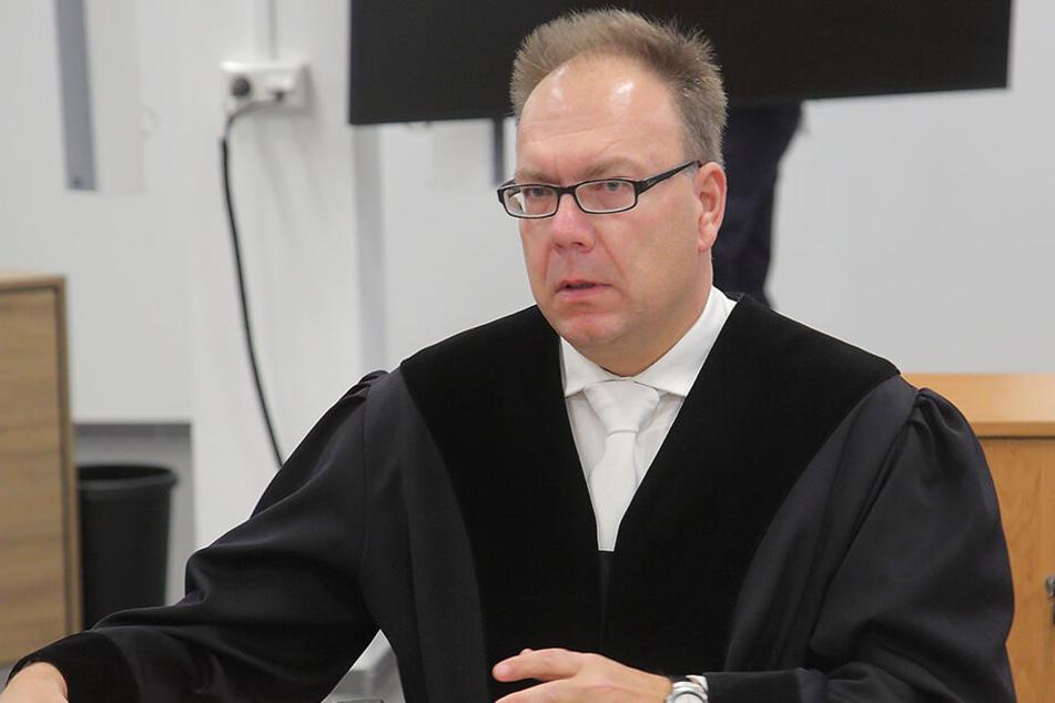 Staatsanwalt Stephan Butzkies hat zehn Jahre Haft für Alaa S. gefordert.