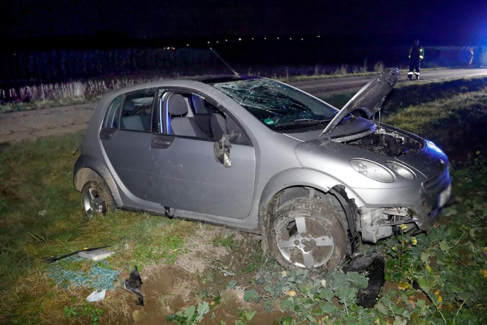 Smart überschlägt sich: Mehrere Verletzte bei Unfall in Chemnitz