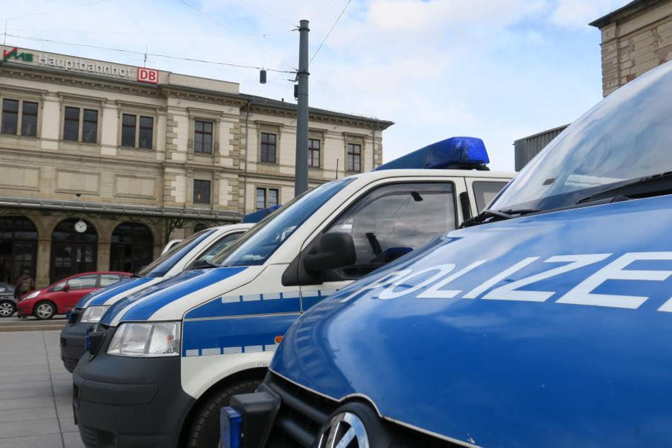 Sex-Angriff im Bahnhof: Mann verfolgt junge Frau bis zum Bahnsteig