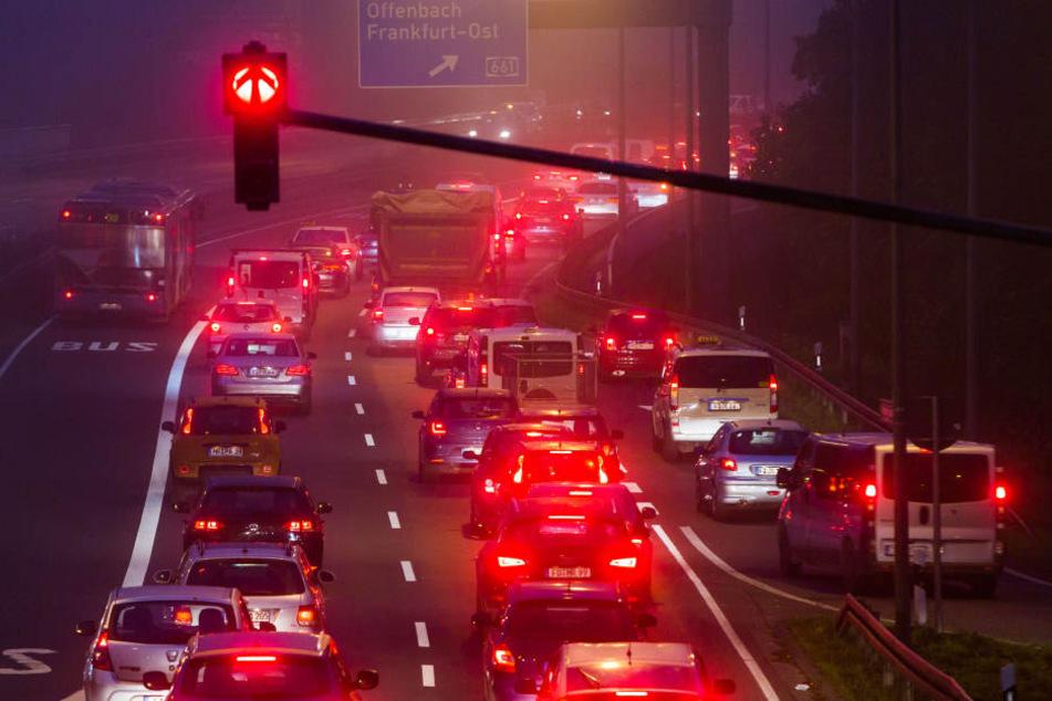 Autos dicht an dicht: Auf der Friedberger Landstraße ist das Alltag.