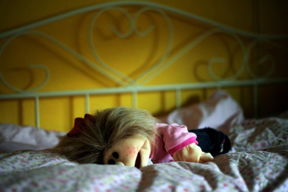 Jazmine Nichole P. soll an ihrem drei Monate alten Sohn Oralsex durchgeführt und die Tat gefilmt haben.