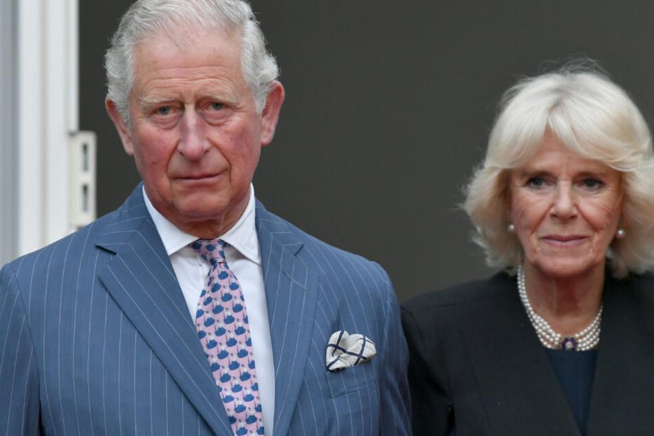 Der britische Prinz Charles und seine Frau, Herzogin Camilla, bei ihrem letzten Besuch in Berlin vergangenes Jahr. (Archivbild)