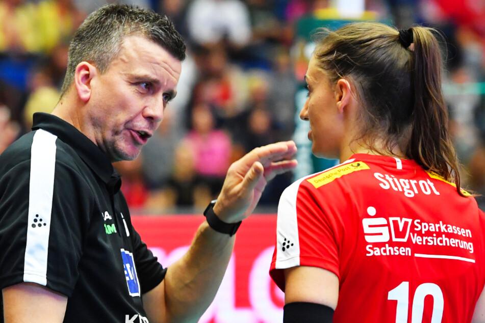 Chefcoach Alex Waibl kann weiter auf seine Führungsspielerin Lena Stigrot bauen.