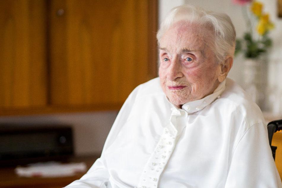 Huber feierte erst im letzten Jahr ihren 112. Geburtstag.